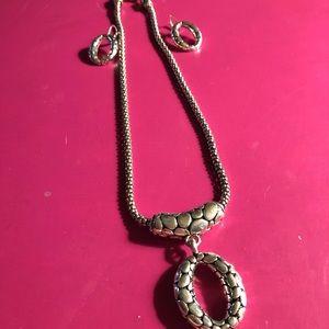 Jewelry - NWOT - Silver Tone Jewelry Set-Necklace & Earrings